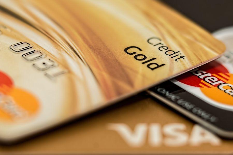 E-commerce credit