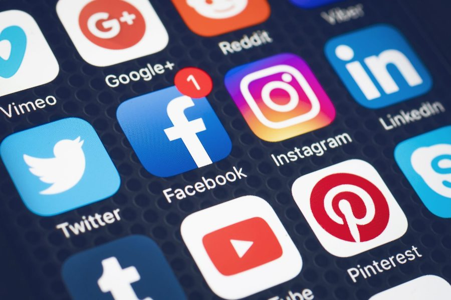 Do's and don't of social media