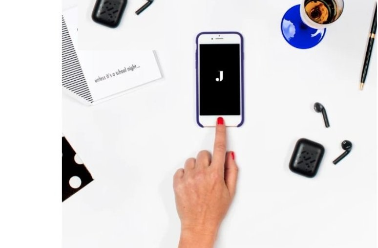 Jet Blends E-Commerce with Personal Assistants